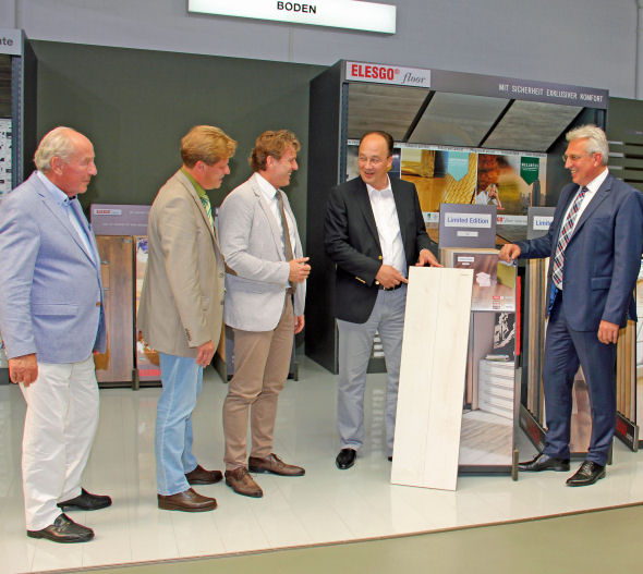 Hdm Moers moers bürgermeister besuch bei hdm tradition trifft innovation